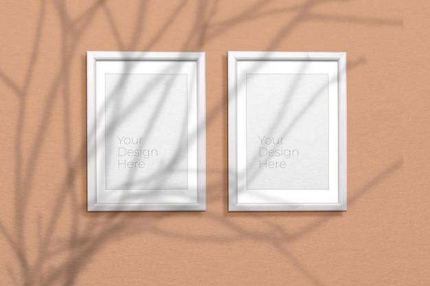 Conjunto de maquetas de marco de fotos de madera con superposición de sombras