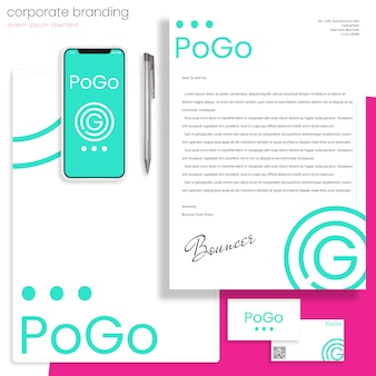 Corporate branding mockup met brief-, map- en visitekaartjes