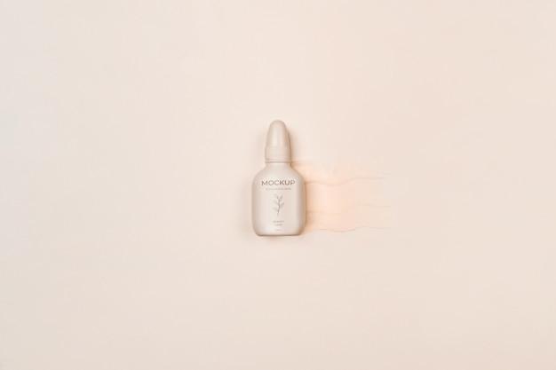 Cosmetische productverpakking plat gelegd