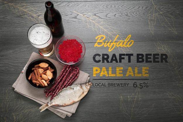 Craft beer en snacks om mock-up te eten