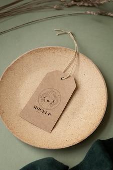 Craft kledingstuk hanger tag mockup