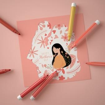 Creatief arrangement voor moederdagscène-maker met kaart