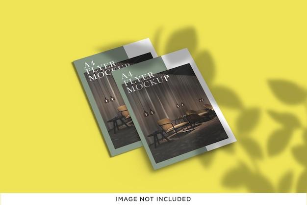 Creatief flat flyer brochure mockup-ontwerp