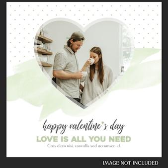Creatieve moderne romantische valentine dag instagram post sjabloon en foto mockup