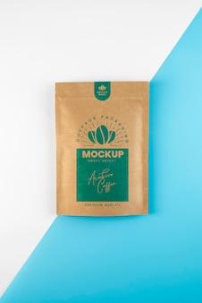 Creatieve opstelling van doypack-mock-up