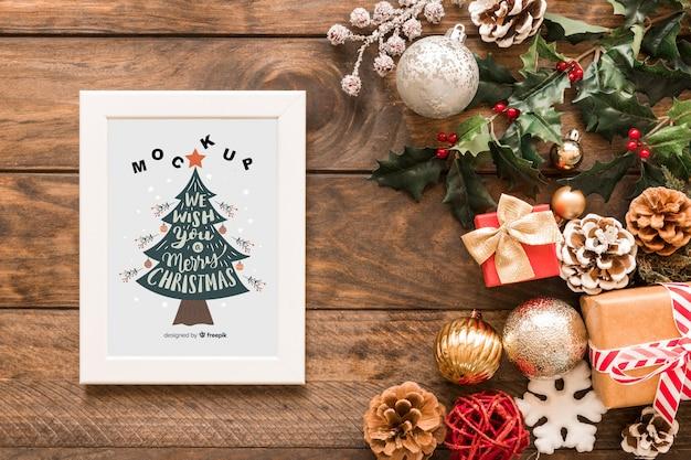 De samenstelling van kerstmis van de hoogste mening met kadermodel