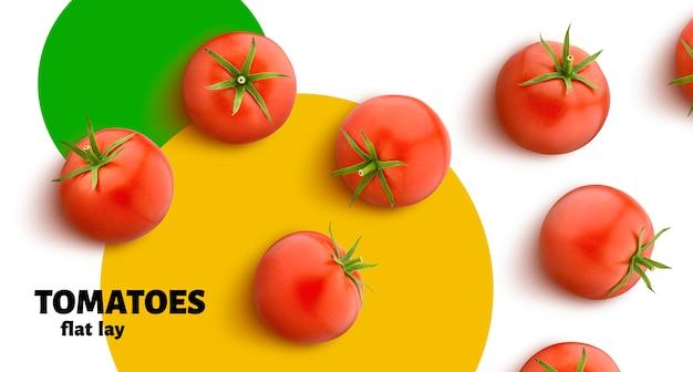 De tomaat op witte vlakke die achtergrond wordt geïsoleerd, legt, hoogste mening