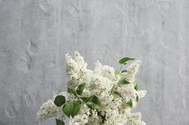 Decoratie met wit lila mockup