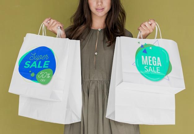 Descuentos especiales para mujeres comprando