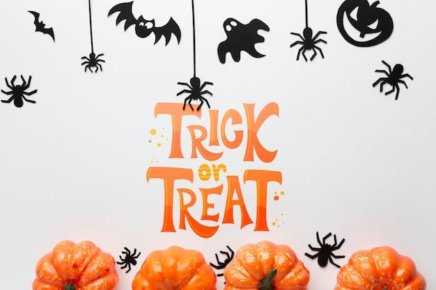 Día de halloween con decoraciones específicas.