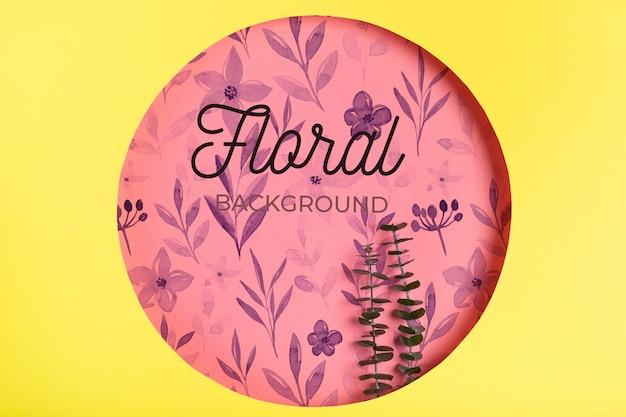 Disegno floreale nel concetto di forma di carta