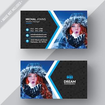 Diseño creativo de tarjeta de negocios