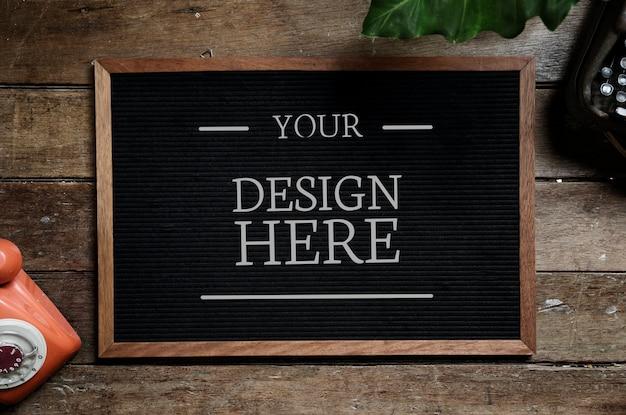 Diseño de espacio en tablero negro