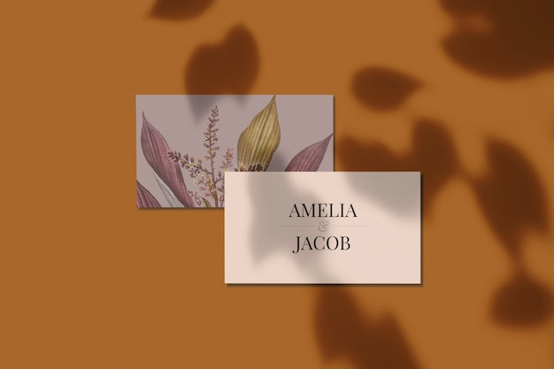 Diseño floral tarjeta de visita maqueta