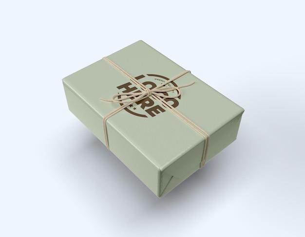 Diseño de maqueta de caja de cadena atada aislado