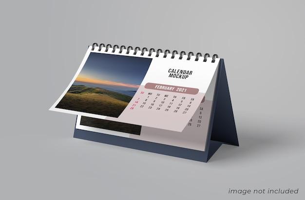 Diseño de maqueta de calendario de escritorio aislado