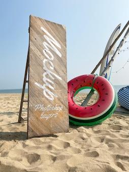 Diseño de maqueta de letrero de playa