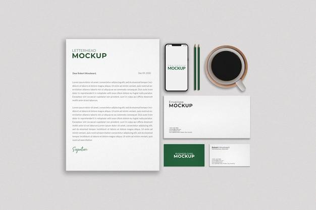 Diseño de maqueta de papelería empresarial moderna