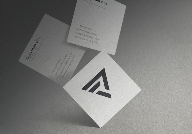 Diseño de maqueta de tarjeta de visita cuadrada flotante