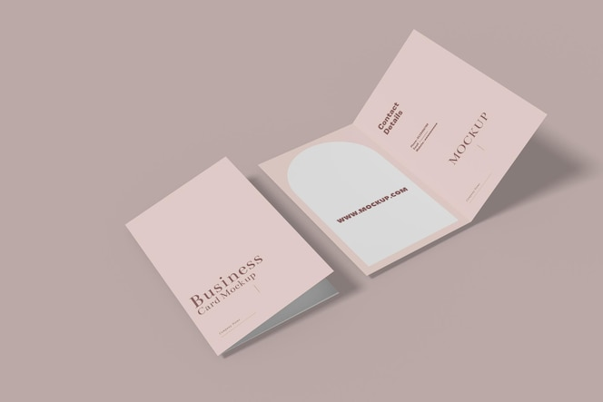 Diseño de maqueta de tarjeta de visita plegada aislado