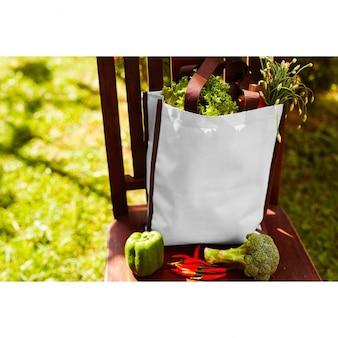 Diseño de mock up de tote bag