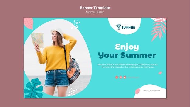 Disfrute de la plantilla de banner de vacaciones de verano
