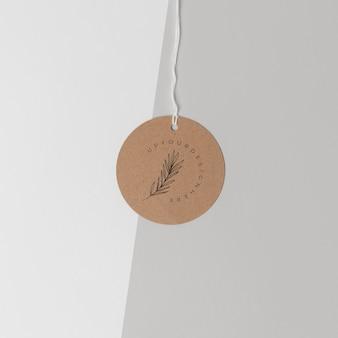 Disposición de la etiqueta de cartón de la maqueta