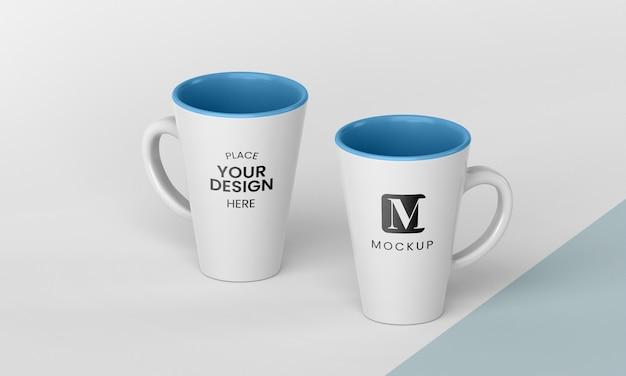 Disposición de tazas de café mínimas.