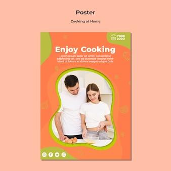 Divertiti a cucinare insieme un modello di poster