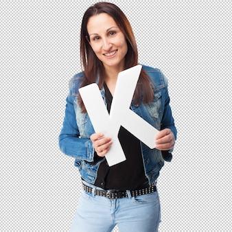 Donna che tiene la lettera