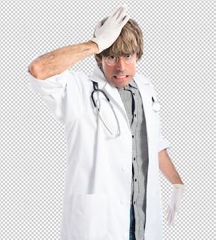Dottore, facendo, sorpresa, gesto
