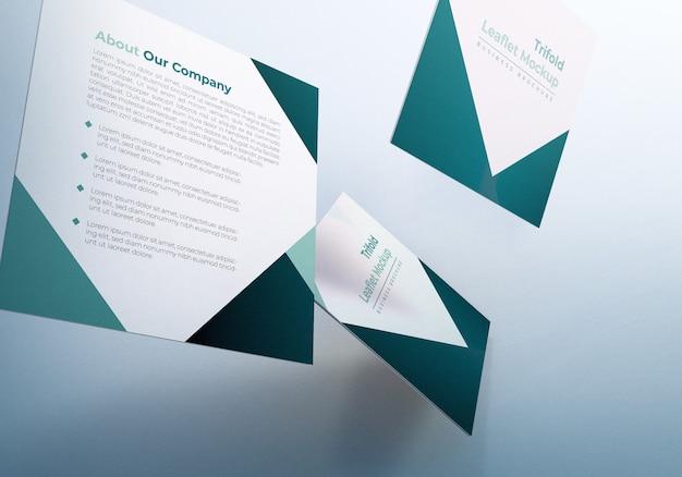 Drijvende driebladige folder brochure mockup