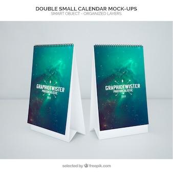 Dubbele kleine kalender mockup