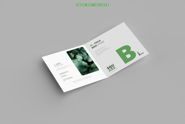 Dubbelgevouwen vierkante brochure mockup