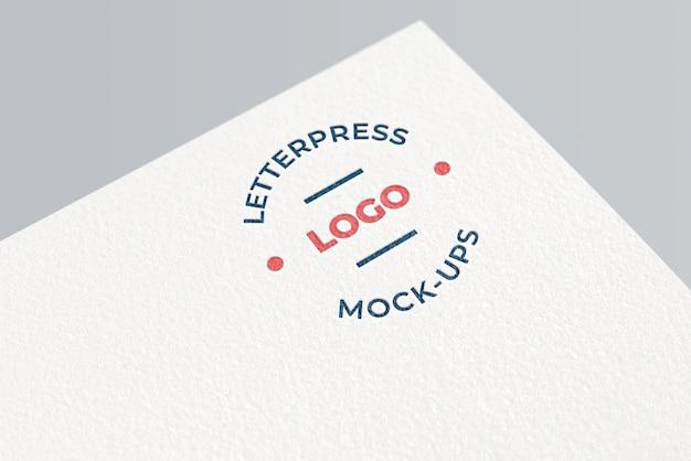 Eenvoudig boekdruk logo mockup