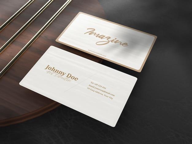 Eenvoudig minimalistisch mockup voor luxe visitekaartjes