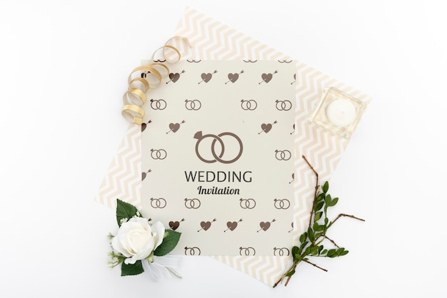 Elegante bruiloft uitnodiging met roos
