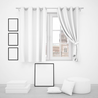 Elegante finestra con cornici vuote intorno