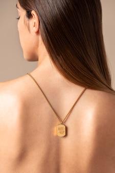 Elegante hanger sieraden mock-up samenstelling