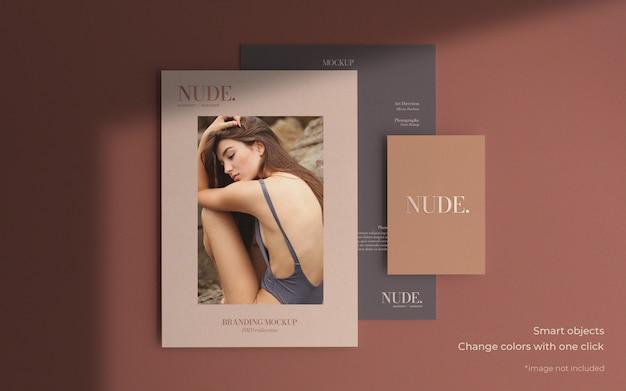 Elegante maqueta de folleto en diferentes tamaños.
