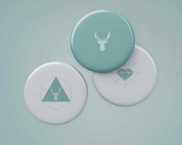 Elegante mockup di badge per il merchandising