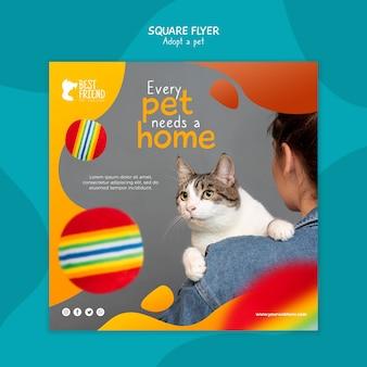 Elk huisdier heeft een vierkante flyer voor thuis nodig