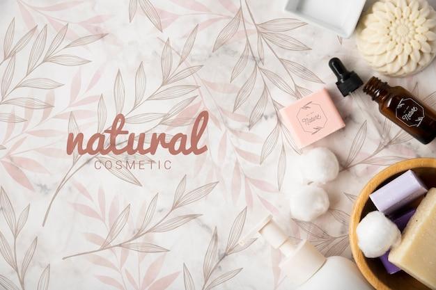 Endecha plana de productos cosméticos naturales.