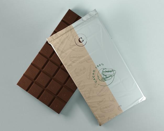 Envoltura de plástico para tableta de chocolate.