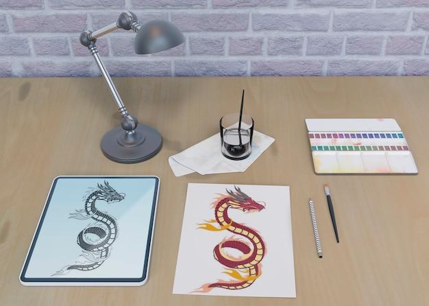 Escritorio con dibujo de serpiente interior