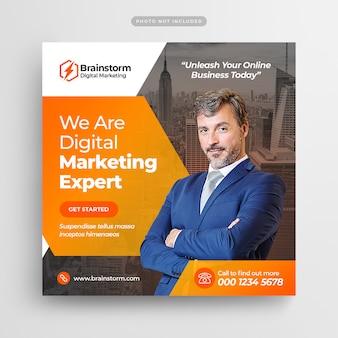 Esperto di marketing digitale social media post e banner web