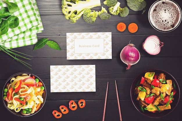 Eten mockup met sushi ontwerp