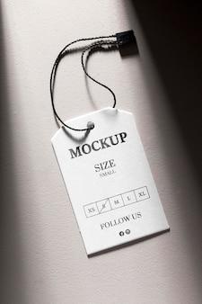 Etiqueta de tamaño de ropa de maqueta