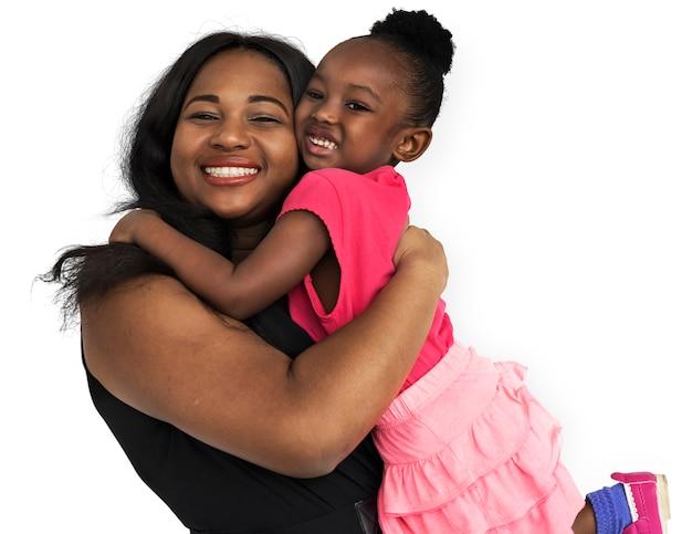 Familia madre hija sonriente felicidad amor concepto
