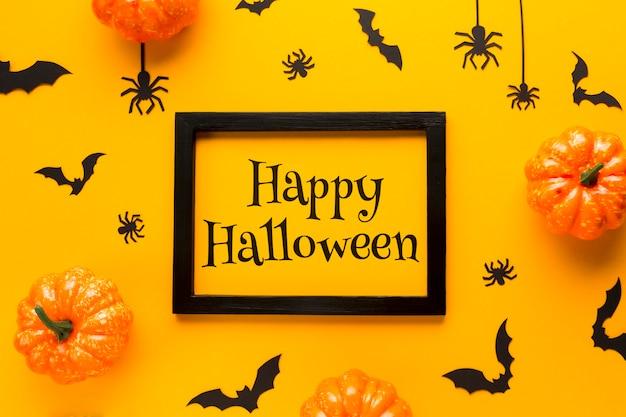 Feliz día de halloween con maqueta
